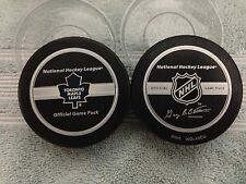 OFFICIAL NHL GAME PUCK TORONTO MAPLE LEAFS 2005-2006