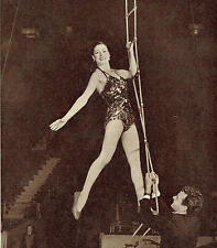Trapeze Artist Pinito Del Oro Tom Arnold's Circus Harringay 1953 Photo Article