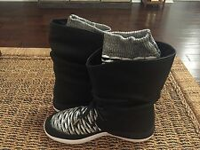 Nike Women's Roshe Two Hi Flyknit Shoes Boots Sz. 11 NEW 861708 002
