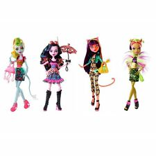 Monster High Freaky Fusion LAGOONAFIRE DRACUBECCA CLEOLEI CLAWVENUS Set of 4 Dol