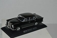 Legendary Cars MERCEDES 200 D (W110) 1:43 Die Cast  [MZ]