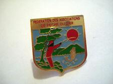PINS PECHEUR FEDERATION DES ASSOCIATIONS DE PECHE DU VAR FRANCE