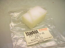 NEW YAMAHA 1t1-22178-00 SWING ARM DRIVE CHAIN TENSIONER PLASTIC blocco XT 500 -79