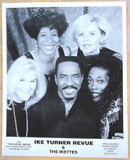 SOUL/R&B PUBLICITY PHOTO: IKE TURNER REVUE & THE IKETTES (black & white 8x10)