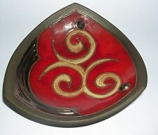 TriUshi Studio Pottery Evgeni Ivanov - Triangle Dish Raised Coffee Bean Motifs.