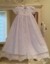 NEW FULL LENGTH WHITE BABY GIRLS CHRISTENING GOWN DRESS & BONNET 0-12 MONTHS