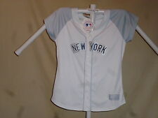 NEW YORK YANKEES Majestic  sewn FASHION JERSEY  Womens Large  size 14-16  NWT w