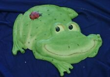 Frog with Ladybug Concrete or Plaster Cement Stepping Stone Garden  Mold 1006