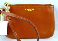 COACH LEGACY SMOOTH COGNAC LEATHER SMALL WRISTLET 48179