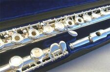 NEW SILVER OPEN HOLES FLUTE W/CASE.APPROVED+ WARRANTY.