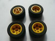 Lego 4 roues jaunes set 5221 4587 6492 2963 / 4 yellow wheels w/ tires