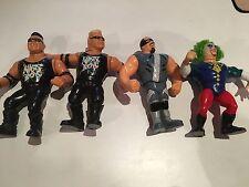 4 figuras de acción de lucha Hasbro VINTAGE WWF/WWE Repo Man Doink Nasty Boys