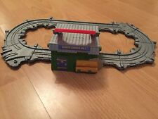 Thomas THE TANK ENGINE Amici Take n Play Sodor Legno FRESA PORTATILE PLAYSET