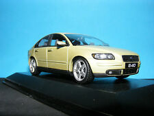 VOLVO S40 T5 2003 NLA OUTSTANDING DETAIL WOW VERY RARE MINICHAMPS VOLVO DEALER