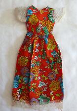 Kleidung Sommerkleid rot mit Blumen für Barbie, Petra oder andere Puppen Vintage
