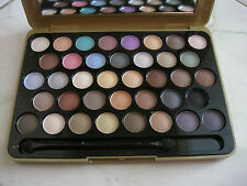 MAC 38 COLOR EYESHADOW IMPORTED QUALITY