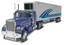 Revell Inc 1:32 Freightliner and Trailer Plastic Model Kit 85-1981 RMX851981