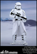STAR WARS SIDESHOW HOT TOYS - FIRST ORDER SNOWTROOPER 1/6 SCALE FIGURA