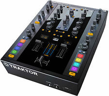 Native Instruments Traktor Kontrol Z2 *NEW* Music Production Interface