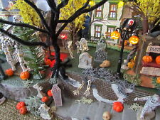 HALLOWEEN, Cracking Brick-Stucco, Creepy VILLAGE Display platform base Dept 56
