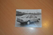 PHOTO DE PRESSE ( PRESS PHOTO ) Ford Sierra 2.0 GL F0477
