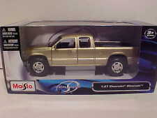 1998 Chevy Silverado Pickup Truck Die-cast 1:27 Maisto 7.75 inch 1/24 Gold