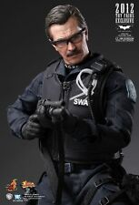 Hot Toys MMS182 Lt. Jim Gordon S.W.A.T. Suit Version - The Dark Knight