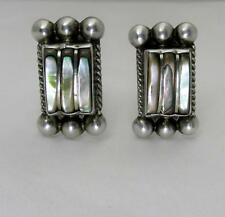 VINTAGE 40's MEXICO SIGNED DEL RIO STERLING SILVER ABALONE SCREW BACK EARRINGS