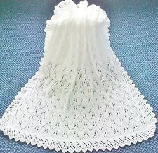 STUNNING NEW HAND KNITTED BABY SHAWL/BLANKET 36 X 36 INS WHITE