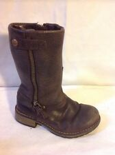 Girls Clarks Brown Leather Boots Size 7G