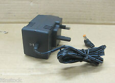 D-LINK 7.5V AC POWER ADAPTOR / CHARGER - AM-0751000B