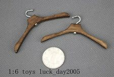 """Toy Model 1/6 Scale Scene Wooden Clothes Hangers X2 Fit for 12"""" action figure"""