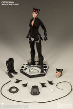 DC Batman Comics Catwoman Selina Sixth Scale Action Figure Sideshow Collectibles