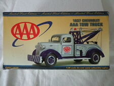 1st GEAR 1937 CHEVY TOW TRUCK 1/30 SCALE AAA DAY-NIGHT SERVICE