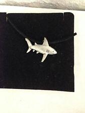 Shark r74 Peltro Inglese emblema su una corda Nera Collana Fatto a mano
