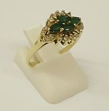 BEAUTIFUL LADIES 18CT SOLID GOLD DIAMOND & EMERALD CLUSTER RING