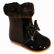 GIRLS INFANT-JUNIOR SPANISH STYLE PATENT FUR/BOW BOOT BLACK-BEIGE-WHITE-RED SMAL