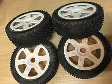 KYOSHO DBX2 INFERNO NEO 2, WHITE WHEELS & TYRES x 4, 17mm HEX, 8TH SCALE, W5652h