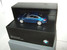 Minichamps in Special Collectors Display Case, BMW 6 Series Coupe in 1:43 Scale