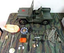 1964 VINTAGE GI JOE JOEZETA : 1970 ADVENTURE TEAM GREEN JEEP +  ACCESSORIES