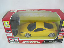 Maisto Tech Yellow 458 Italia Ferrari Radio Control Car 1:24 Scale (OAYo2-35)