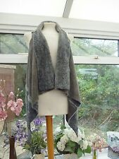 STUNNING UNBRANDED MADE IN ITALY GREY FAUX FUR SUEDE LOOK LAGENLOOK GILET S 8/10