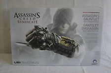 ASSASSIN'S CREED consorzio ASSASSIN'S GUANTO CON LAMA nascosta