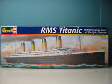 REVELL 1/570 RMS TITANIC famous ocean liner of the epic disaster  #85-0445