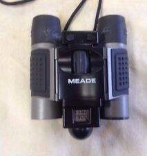 Meade CVB1001 CaptureView 8x22 Digital Camera Binocular Compact