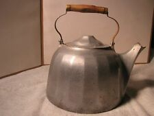 Vintage WAGNER WARE Colonial Tea Kettle 8 Quarts W/wood handle & brass ends