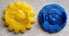 BORDEN PLASTIC MOLDS/YELLOW ELSIE THE COW & BLUE BEULAH THE COW/MID CENTURY.