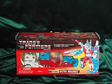 TRANSFORMERS COMMEMORATIVE REISSUE ULTRA MAGNUS FIGURE