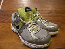 Nike Dart 10 Silver grey Running Shoes Trainers Size UK 4 EUR 36.5
