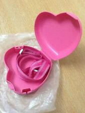 Tupperware Kids Heart Oyster Keeper PINK with Strap (1)